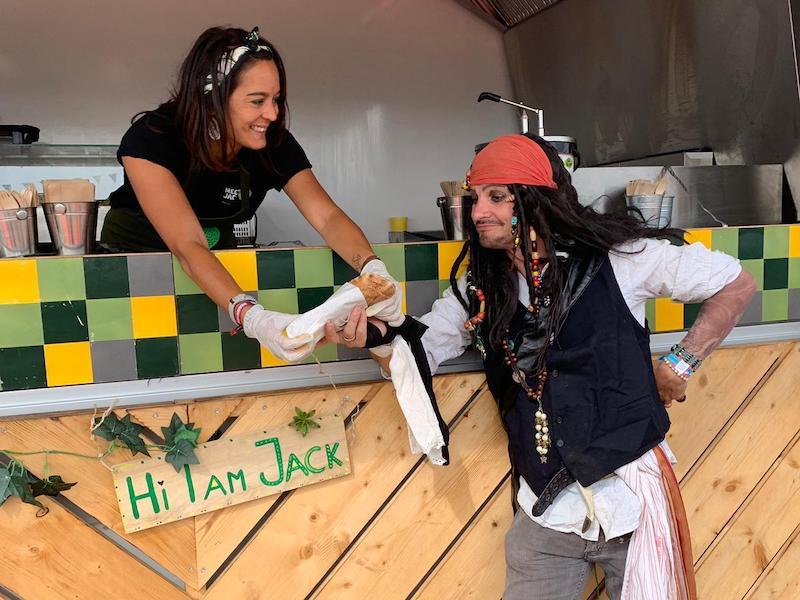 Kaline van Halder van Meet Jack - 5