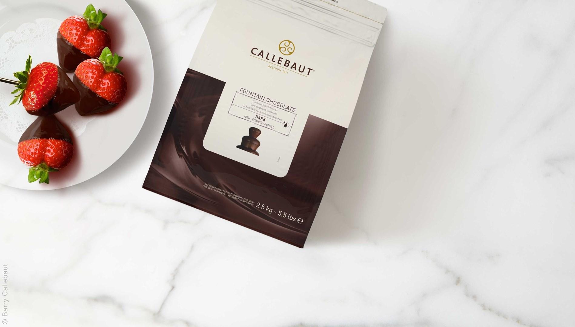 Productafbeelding Callebaut donkere Chocolade Callets voor fonteinen - zak 2,5 kg (57,6%)