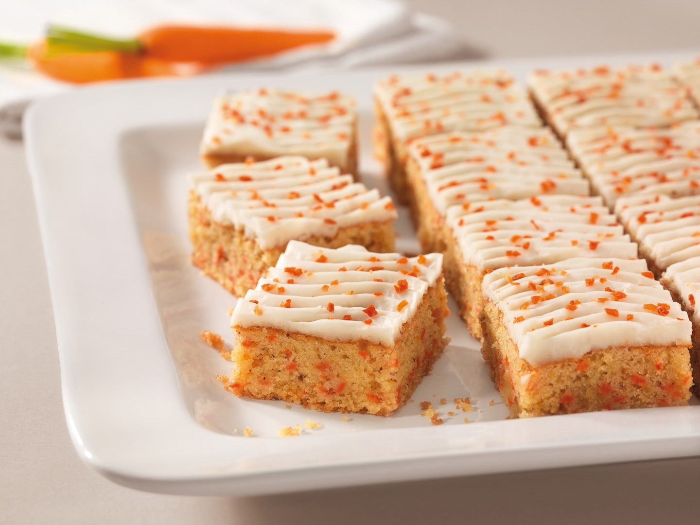 Productafbeelding Dr. Oetker Professional Carrot-Cake 3x24x79g