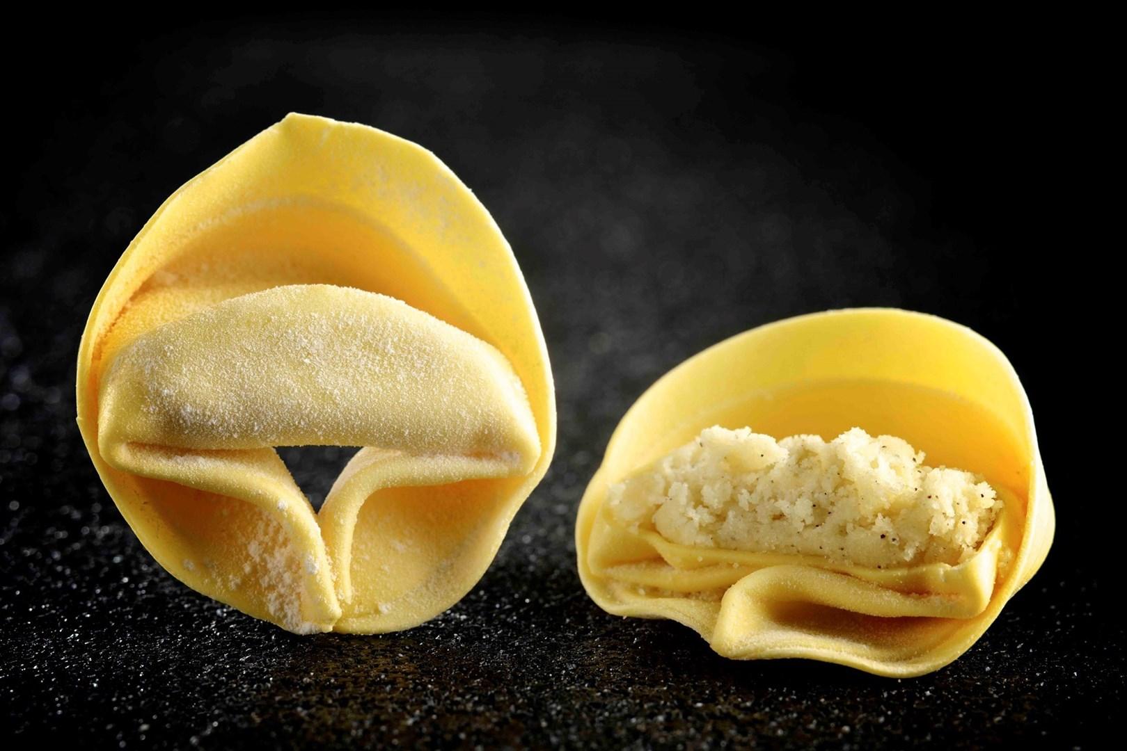 Productafbeelding Tortelloni parmigiano vers 1kg