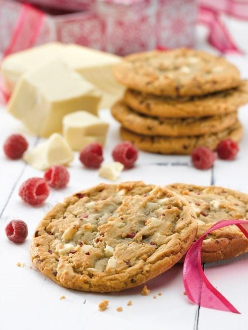 Productafbeelding Dawn White Belgian Chocolate Chunk and Raspberry Cookie 30 stuks doos