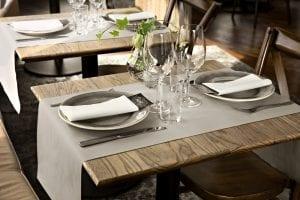 Tafelaankleding zoals servetten en tafellopers