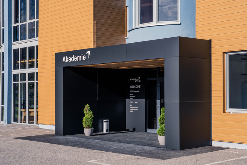 IDEAL AKE Academy showroom we care for food